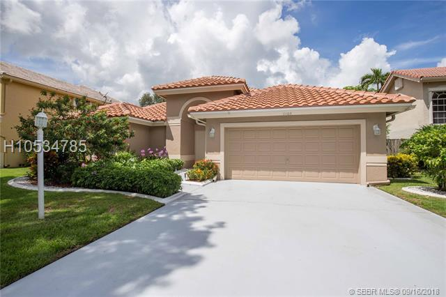 11103 Topeka Pl, Cooper City, FL 33026 (MLS #H10534785) :: Green Realty Properties