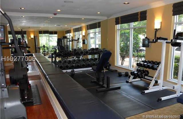 1900 Van Buren St 509B, Hollywood, FL 33020 (MLS #H10277006) :: Green Realty Properties