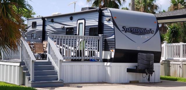 37 Abalone Circle, Port Isabel, TX 78578 (MLS #91508) :: Realty Executives Rio Grande Valley
