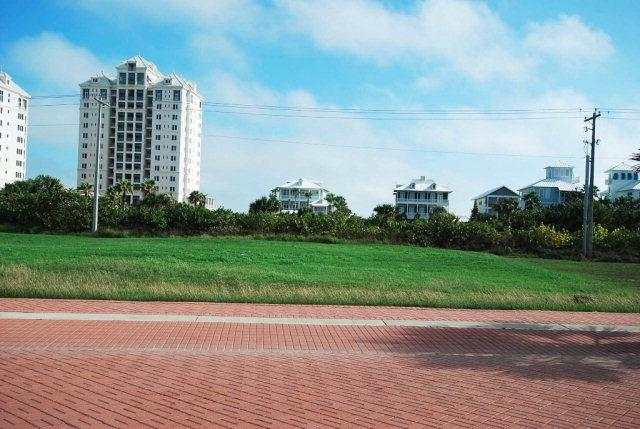 8410 Main St., South Padre Island, TX 78597 (MLS #87379) :: The MBTeam