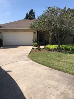 2 Golf House Rd., Laguna Vista, TX 78578 (MLS #90809) :: The Monica Benavides Team at Keller Williams Realty LRGV