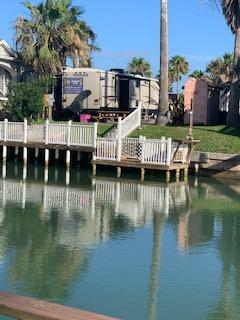 144 E Bonnet Circle, Port Isabel, TX 78578 (MLS #91433) :: The Monica Benavides Team at Keller Williams Realty LRGV