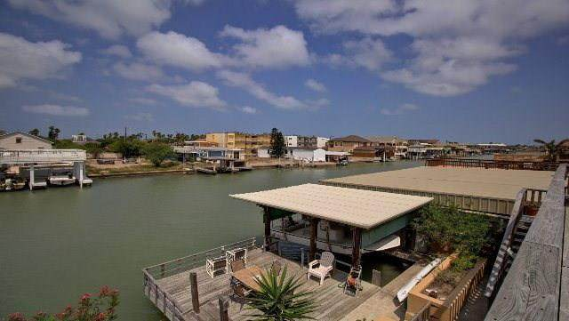 1118 Pompano Ave., Port Isabel, TX 78578 (MLS #93015) :: Realty Executives Rio Grande Valley