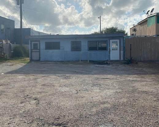 824 S Garcia St., Port Isabel, TX 78578 (MLS #93187) :: The MBTeam