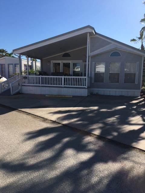 387 Sand Dollar Cir., Port Isabel, TX 78578 (MLS #93424) :: The MBTeam