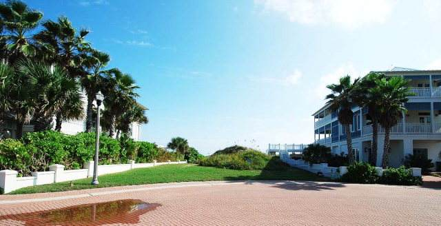 8206 Breakers Blvd., South Padre Island, TX 78597 (MLS #93440) :: The MBTeam