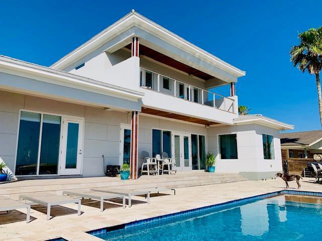 236 Beach Blvd, Laguna Vista, TX 78578 (MLS #91078) :: The Monica Benavides Team at Keller Williams Realty LRGV