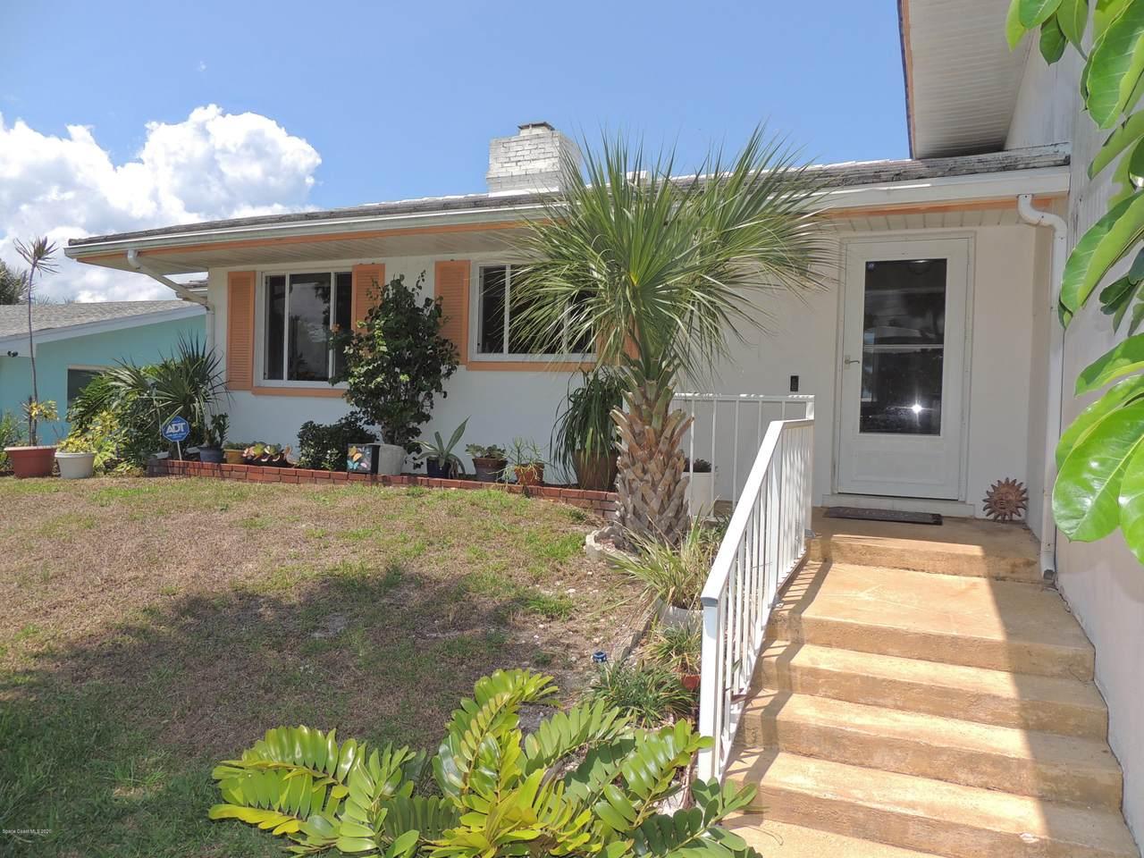 239 Antigua Drive - Photo 1