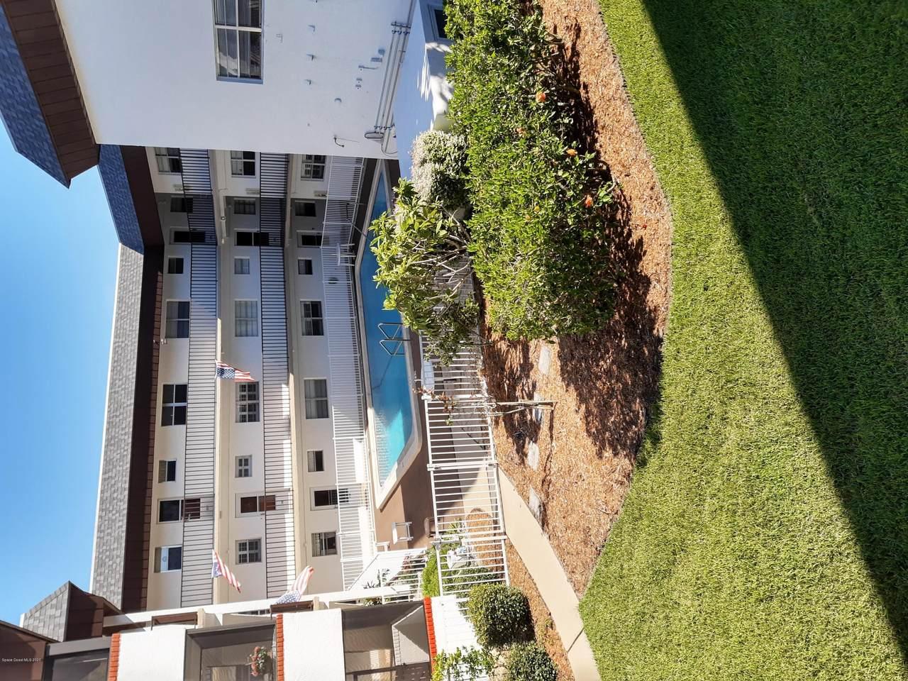 725 Port Malabar Boulevard - Photo 1