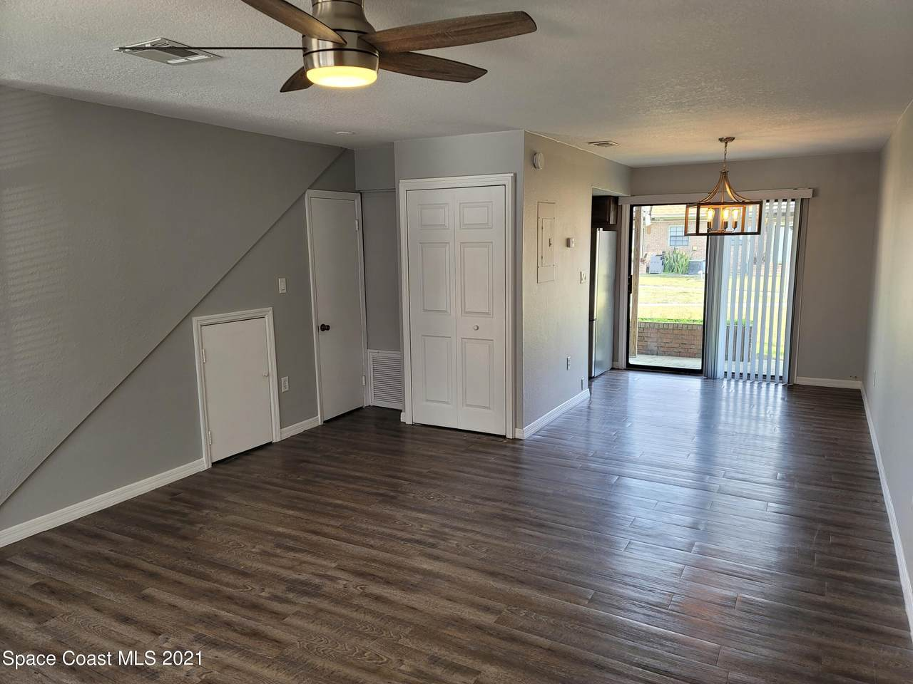 1300 Arlington Lane - Photo 1