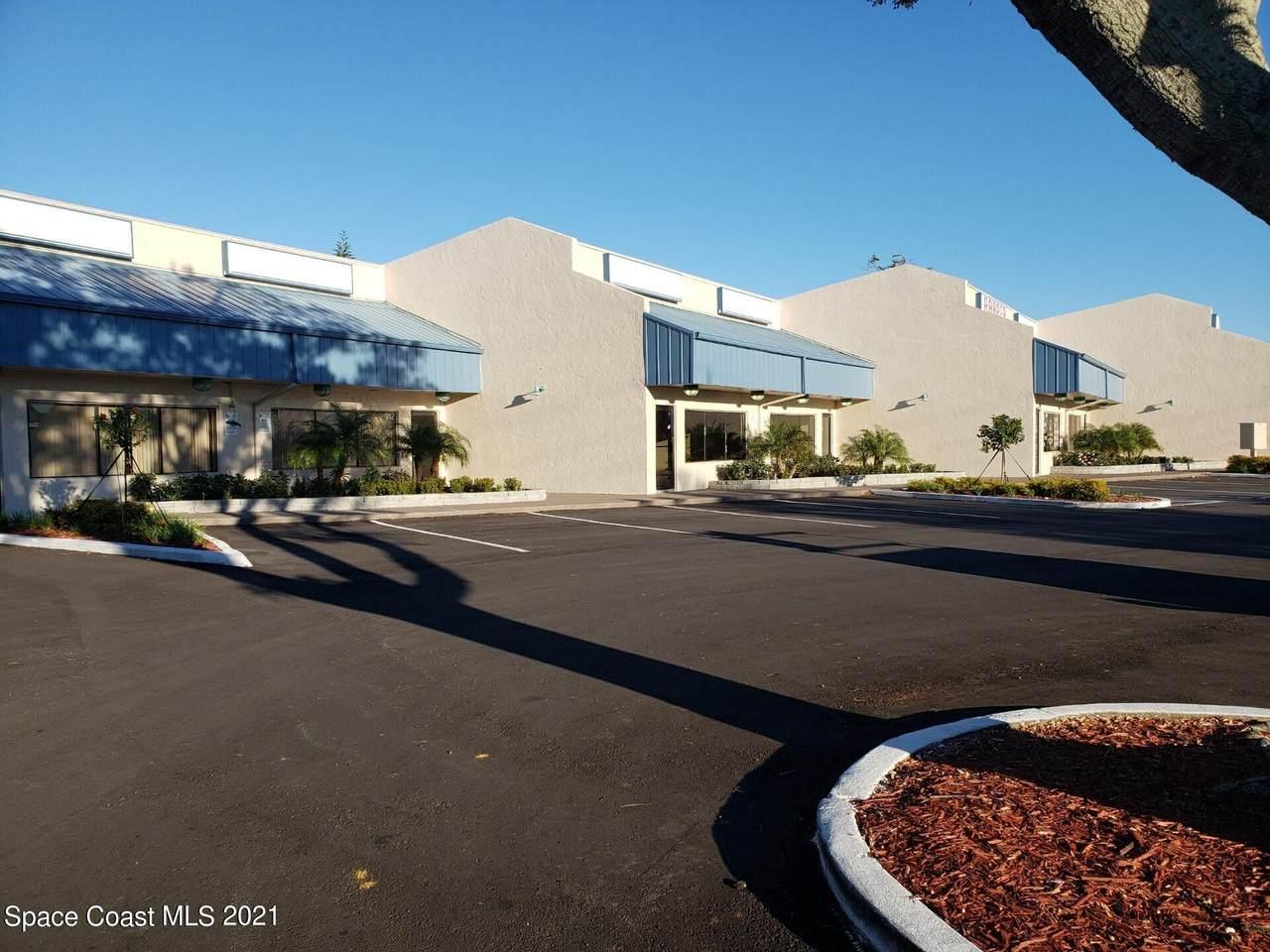 910 Dixon Boulevard - Photo 1