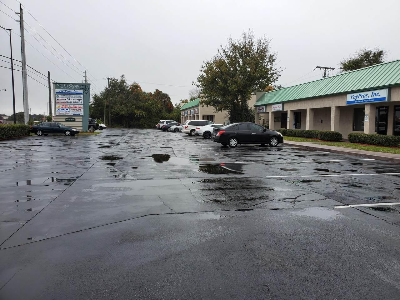 966 Cocoa Boulevard - Photo 1