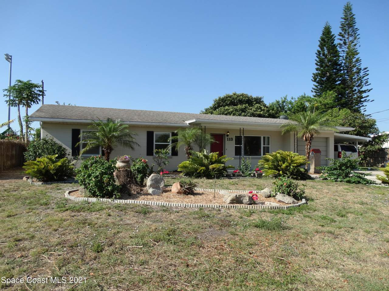 113 Dudley Drive - Photo 1