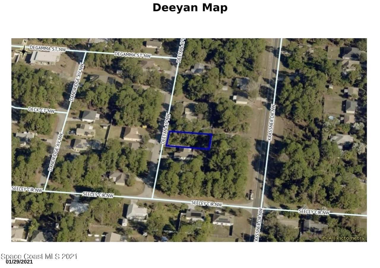 137 Deeyan Avenue - Photo 1