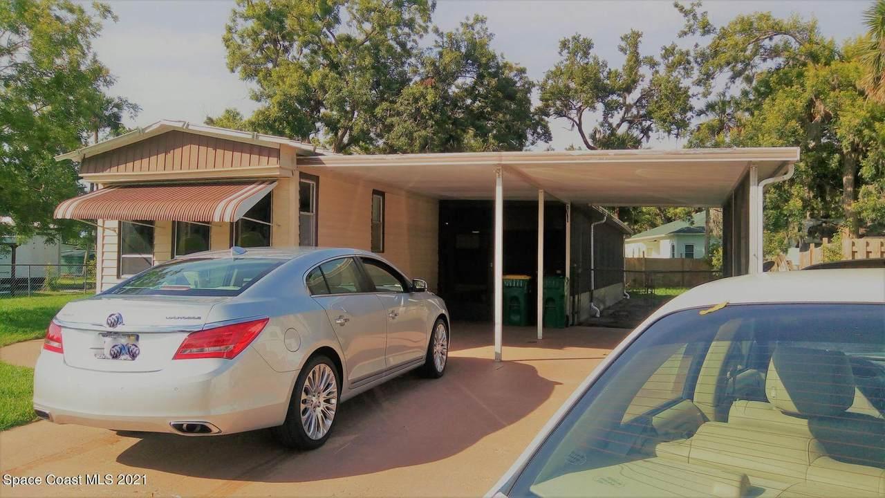 4085 Ashwood Drive - Photo 1