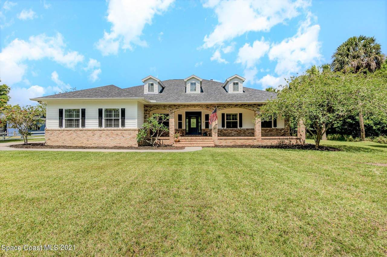 2690 Clydesdale Boulevard - Photo 1