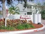 444 Seaport Boulevard - Photo 17