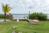 19 Vip Island - Photo 16