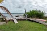 19 Vip Island - Photo 17