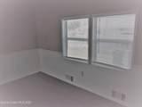 806 Silverthorn Court - Photo 3
