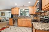 712 Turnberry Drive - Photo 7