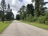 2704 Tamarind Drive - Photo 4