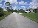 1539 Van Camp Avenue - Photo 4