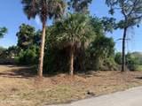 325 El Rancho - Photo 1