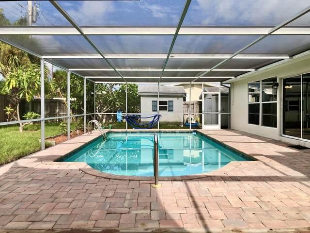 495 Newfound Harbor Dr., Merritt Island, FL 32952 (MLS #884725) :: Premium Properties Real Estate Services