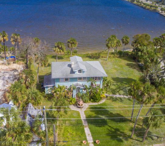 1811 Riverview Drive, Melbourne, FL 32901 (MLS #769946) :: Better Homes and Gardens Real Estate Star