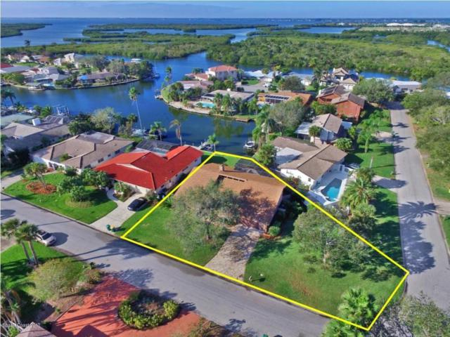 33 Yawl Drive, Cocoa Beach, FL 32931 (MLS #798679) :: Better Homes and Gardens Real Estate Star