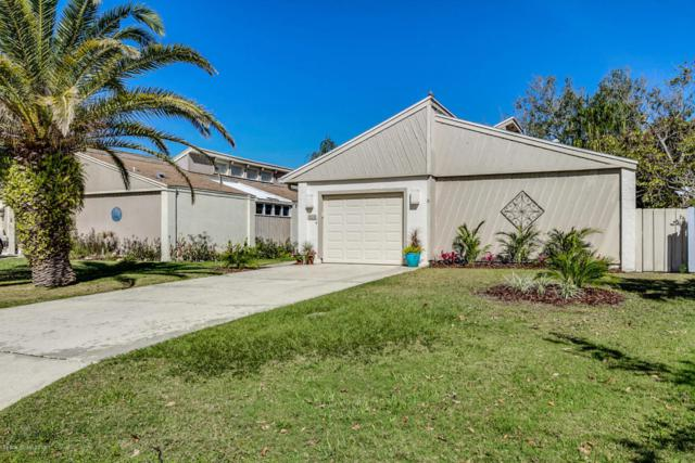 460 Willow Tree Drive, Melbourne, FL 32940 (MLS #805553) :: Better Homes and Gardens Real Estate Star