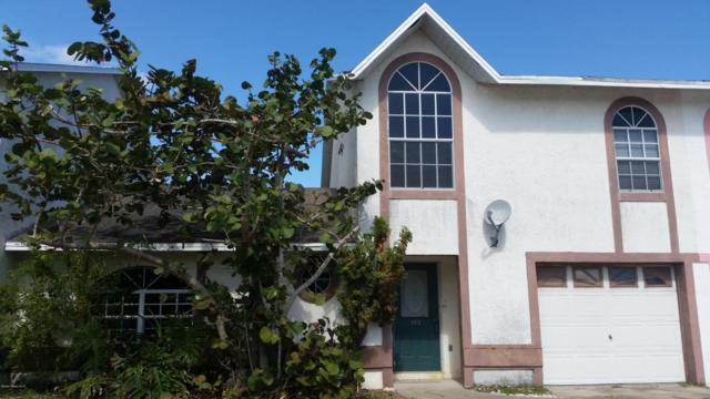 309 S 4th Street, Cocoa Beach, FL 32931 (MLS #805558) :: Better Homes and Gardens Real Estate Star