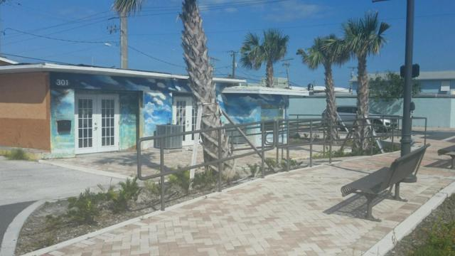 301 Minutemen Causeway #1, Cocoa Beach, FL 32931 (MLS #805610) :: Better Homes and Gardens Real Estate Star