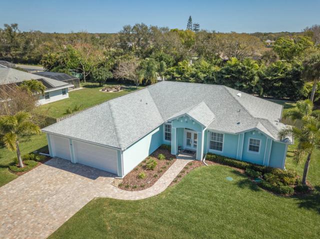 4660 Comanche Trl, Merritt Island, FL 32953 (MLS #805668) :: Better Homes and Gardens Real Estate Star