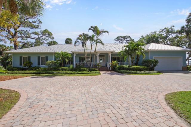 1913 Pineapple Avenue, Melbourne, FL 32935 (MLS #808329) :: Better Homes and Gardens Real Estate Star