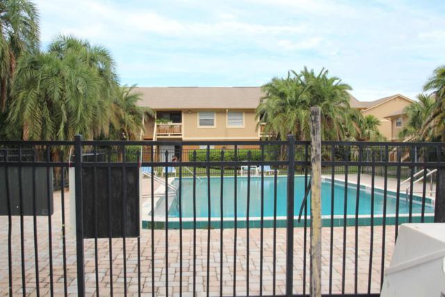 128 Preston Lane, Melbourne, FL 32935 (MLS #814158) :: Premium Properties Real Estate Services