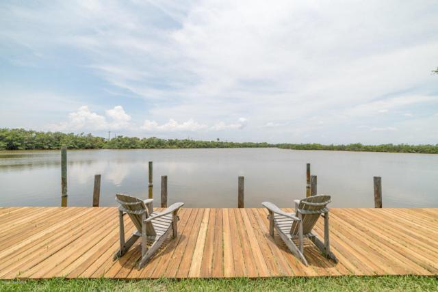 30 Danube River Drive, Cocoa Beach, FL 32931 (MLS #819333) :: Better Homes and Gardens Real Estate Star