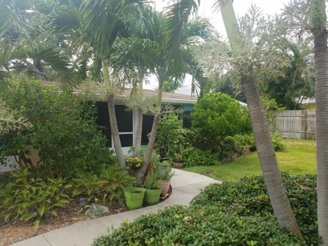 238 Woodland Avenue #3, Cocoa Beach, FL 32931 (MLS #819627) :: Better Homes and Gardens Real Estate Star
