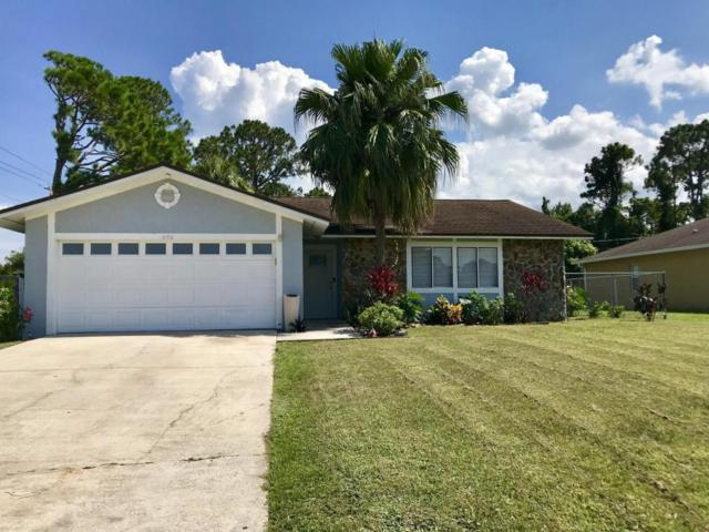 850 Vantage Street SE, Palm Bay, FL 32909 (MLS #819630) :: Better Homes and Gardens Real Estate Star