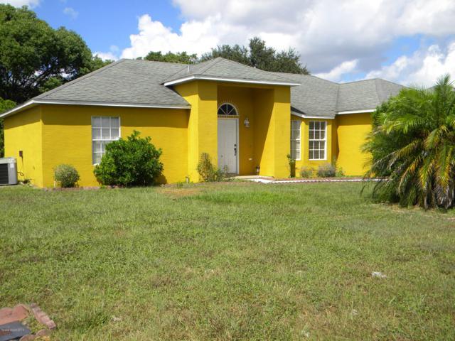 482 Champlain Drive, Deltona, FL 32725 (MLS #825304) :: Premium Properties Real Estate Services