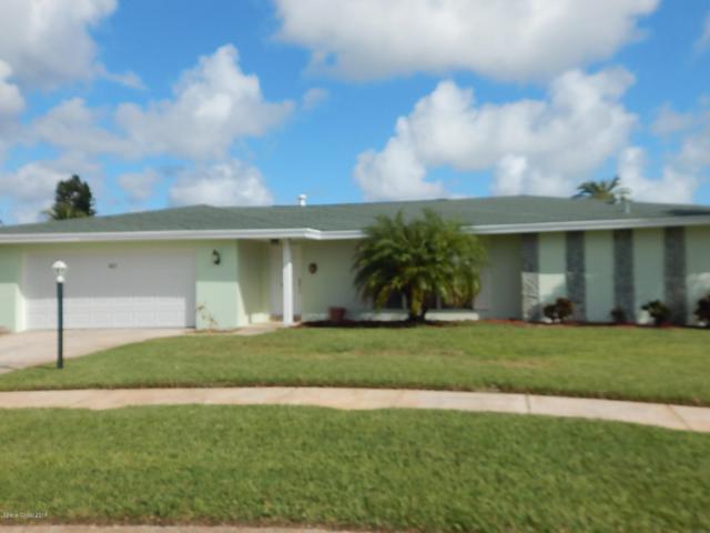 427 Saint Georges Court, Satellite Beach, FL 32937 (MLS #825436) :: Premium Properties Real Estate Services