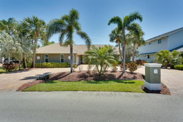 827 Loggerhead Island Way, Satellite Beach, FL 32937 (MLS #825472) :: Premium Properties Real Estate Services