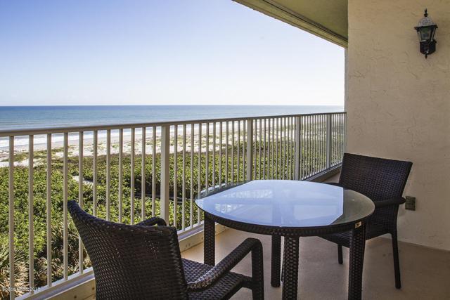 830 N Atlantic Avenue B506, Cocoa Beach, FL 32931 (MLS #826337) :: Blue Marlin Real Estate