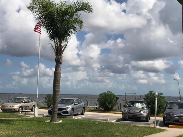 190 E Olmstead Drive D2, Titusville, FL 32780 (MLS #826919) :: Blue Marlin Real Estate