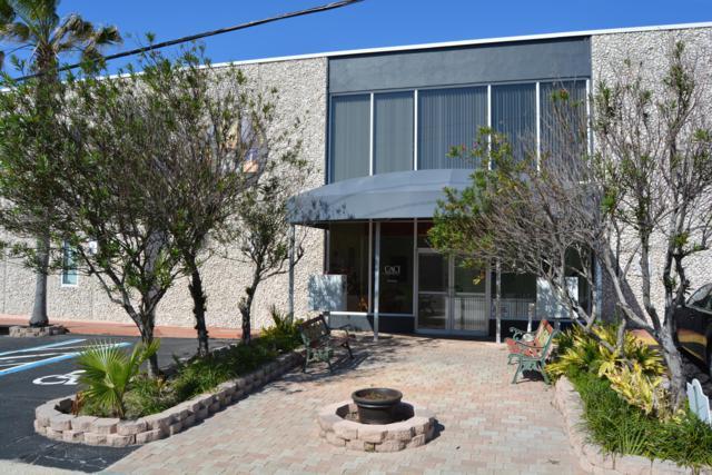 166 Center Street, Cape Canaveral, FL 32920 (MLS #827707) :: Platinum Group / Keller Williams Realty