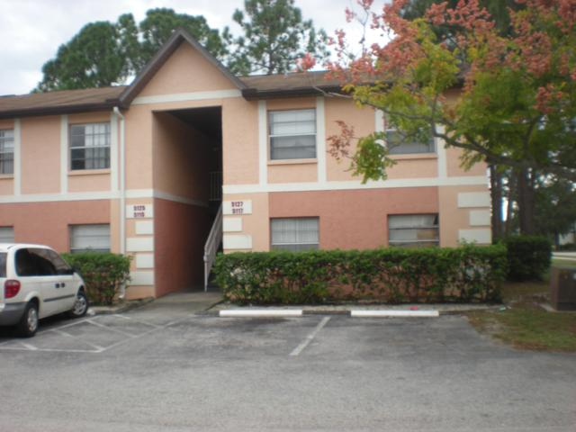 5127 NE Pinewood Drive NE #9, Palm Bay, FL 32905 (MLS #828904) :: Pamela Myers Realty