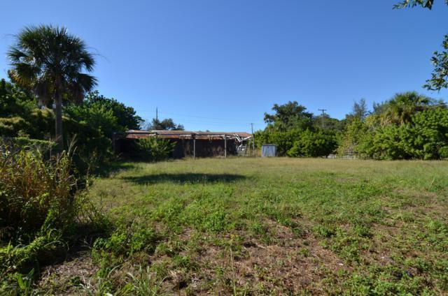 19 Travis Street, Cocoa, FL 32922 (MLS #828998) :: Platinum Group / Keller Williams Realty
