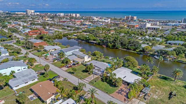 111 Aucila Road, Cocoa Beach, FL 32931 (MLS #829569) :: Pamela Myers Realty