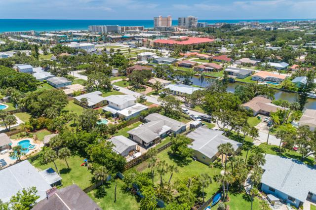 138 Esther Drive, Cocoa Beach, FL 32931 (MLS #829865) :: Premium Properties Real Estate Services